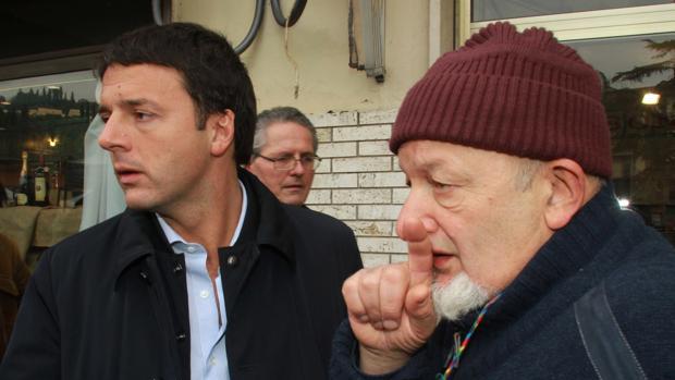 Matteo Renzi, en apuros por los turbios negocios de su padre