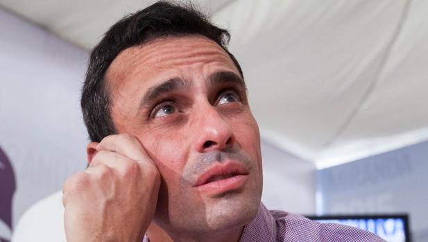 Capriles: «Zapatero no ha hecho otra cosa que apuntalar a Maduro»
