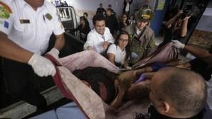 Mueren 35 niñas en el incendio de un orfanato en Guatemala