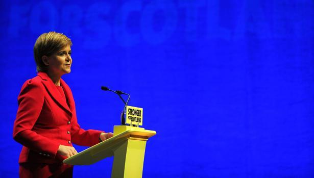 Hemeroteca: Sturgeon amenaza con un referéndum de independencia en otoño de 2018 | Autor del artículo: Finanzas.com