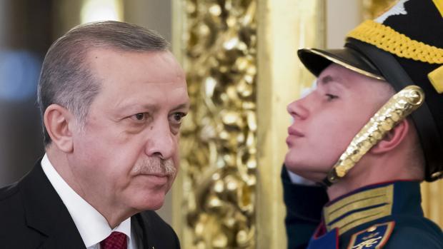 Hemeroteca: Erdogan estalla y tacha al gobierno de Holanda de «fascista» y «nazi»   Autor del artículo: Finanzas.com