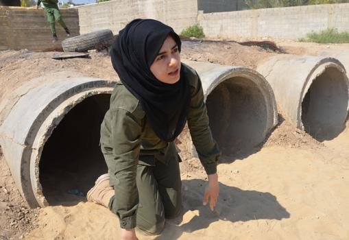 Hemeroteca: Las palestinas, con uniforme militar | Autor del artículo: Finanzas.com