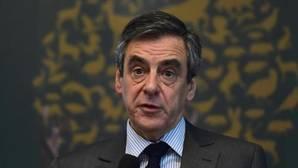Fillon, imputado por desvío de fondos públicos