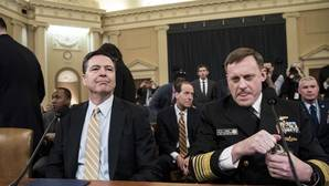 James Comey junto al director de la NSA