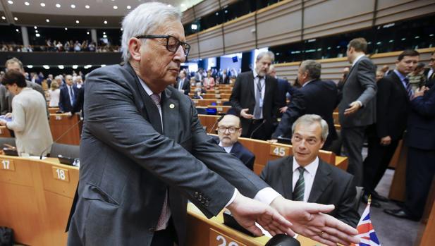 Bruselas dice que «todo está preparado» para que Londres active el artículo 50