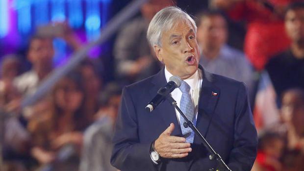 Piñera se ofrece como la solución al Chile «dividido y estancado» de Bachelet