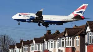 La compañía aérea British Airways es una de las afectadas por la nueva normativa aérea adoptada por Estados Unidos y Gran Bretaña