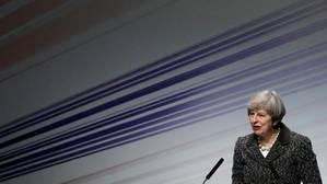 May inicia el Brexit buscando «una sociedad especial con la UE»