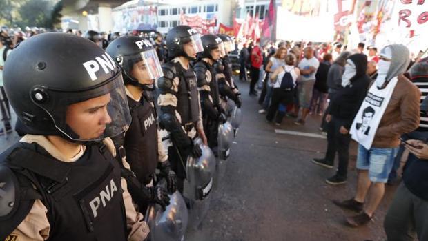 Hemeroteca: La huelga general «ha sido contundente en todo Argentina»   Autor del artículo: Finanzas.com