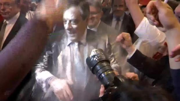 Hemeroteca: Lanzan harina contra Fillon durante un acto electoral en Estrasburgo | Autor del artículo: Finanzas.com