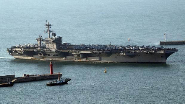 El portaaviones Carl Vinson de EE.UU. en el puerto de Busan, Corea del Sur, el pasado mes de marzo