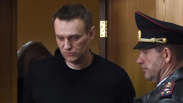 Liberan al opositor Navalni tras convocar las mayores protestas contra Putin desde 2012