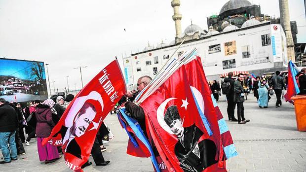 «Vota a Erdogan y acabará el terror»