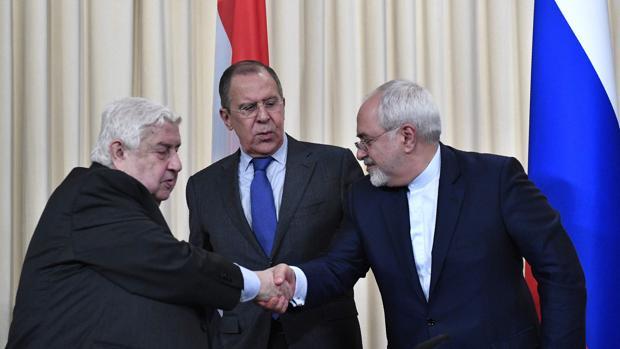 Rusia, Siria e Irán cargan contra EE.UU. por su «acto de agresión» al bombardear una base aérea