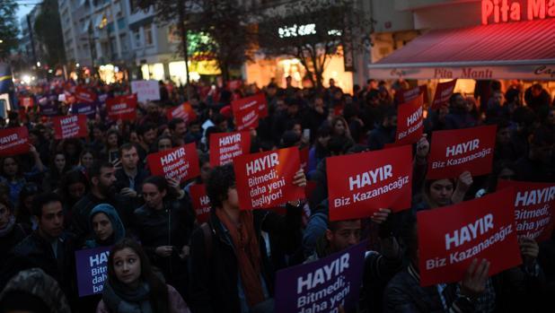 El Gobierno turco remite al Parlamento la prórroga del estado de emergencia