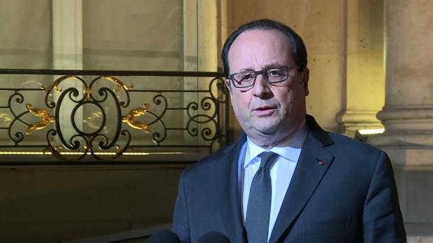 Hollande asegura que el tiroteo de París es de «carácter terrorista»