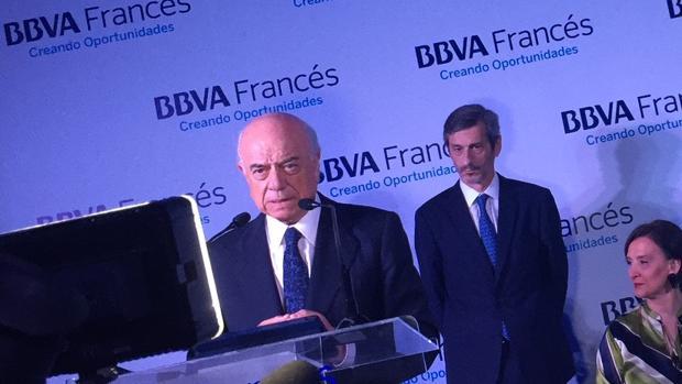 Francisco González destaca la «credibilidad» del Gobierno de Mauricio Macri
