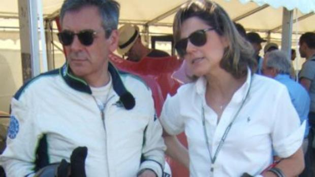 Fillon mantendría una relación con su jefa de prensa, según un medio francés