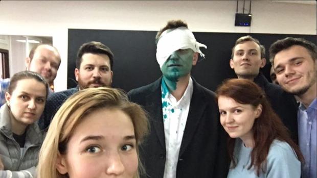 Hospitalizado el líder opositor ruso tras un ataque con tintura verde
