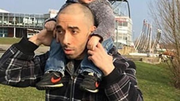 Hemeroteca: Detienen al padre del atacante de los Campos Elíseos por amenazas   Autor del artículo: Finanzas.com