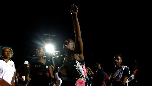 El Gobierno de EE.UU. no presenta cargos contra los policías que mataron a un afroamericano en Luisiana