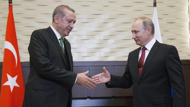 Putin y Erdogan recuperan «plenamente» los lazos entre Rusia y Turquía
