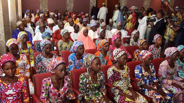 Las 21 niñas de Chibok que fueron liberadas el pasado octubre