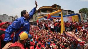 Maduro utiliza a los millones de funcionarios para promover la Asamblea Constituyente ilegal