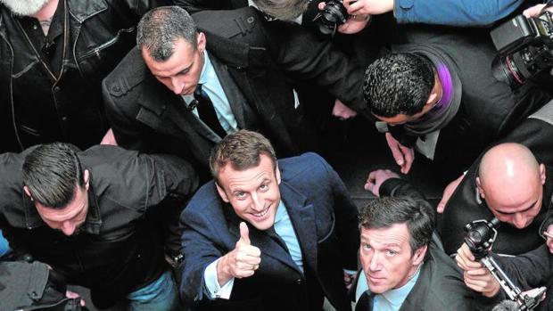 El nuevo gobierno francés congregará a todas las familias políticas