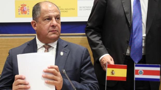Solís cree que la beligerancia de Almagro limita el papel de la OEA en la crisis de Venezuela