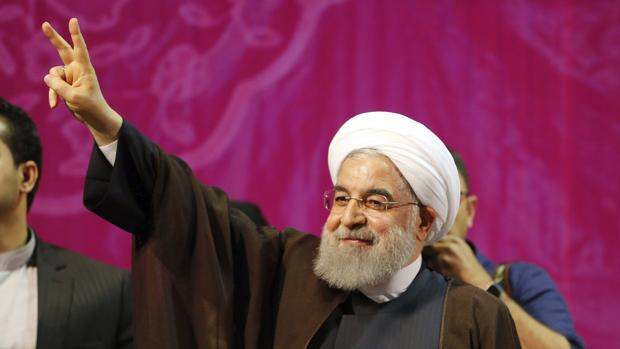 Rohani, contra el populismo de los conservadores iraníes