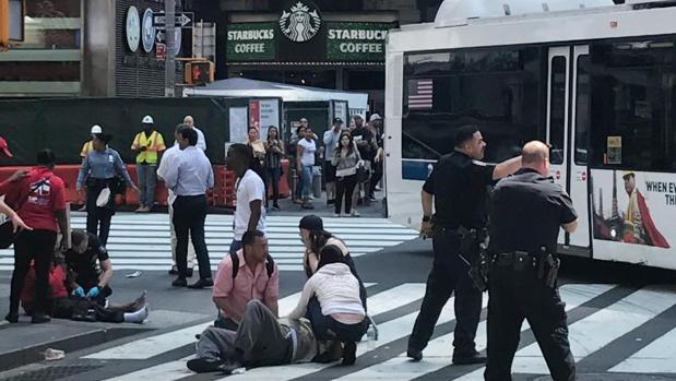 Al menos un muerto y 22 heridos después de un atropello en Times Square