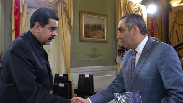 Nicolás Maduro junto a Maikel Moreno