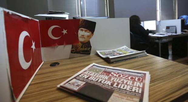 Redacción en Estambul de Sözcü el diario más vendido de Turquía que sufre el acoso del Gobierno de Erdogan