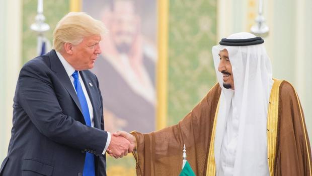 Trump se vuelca en el apoyo a Arabia Saudí en su enfrentamiento con Irán