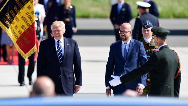 Trump, recibido por el primer ministro belga, Charles Michel