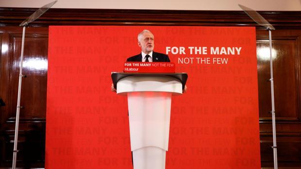 Corbyn vincula el atentado con la política exterior del gobierno