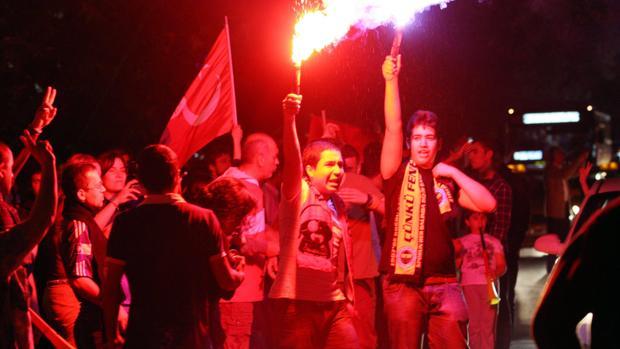 Prohibidas las reuniones nocturnas en las que se cante en Ankara
