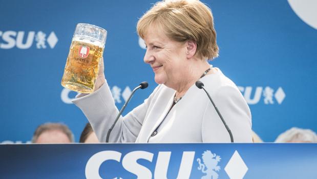 Merkel advierte que los tiempos en los que Europa se podía fiar del resto del mundo «están llegando a su fin»