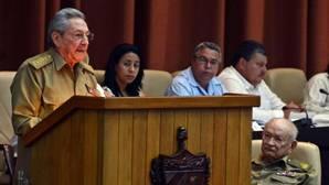 La Asamblea cubana aprueba la hoja de ruta para la etapa posterior a Raúl Castro