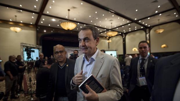 Rodríguez Zapatero reaparece en Venezuela con una visita en prisión a Leopoldo López
