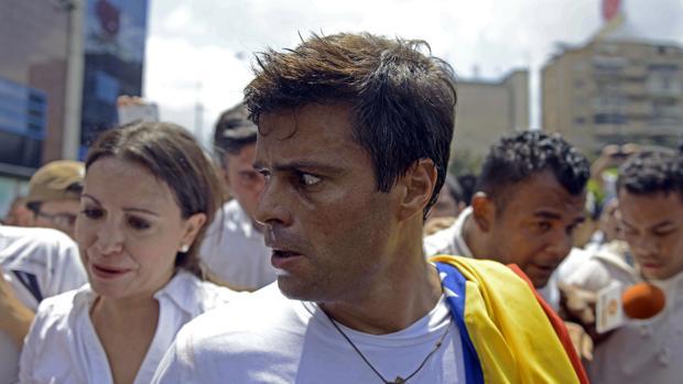 Venezuela confirma el inicio de «un diálogo» con Leopoldo López
