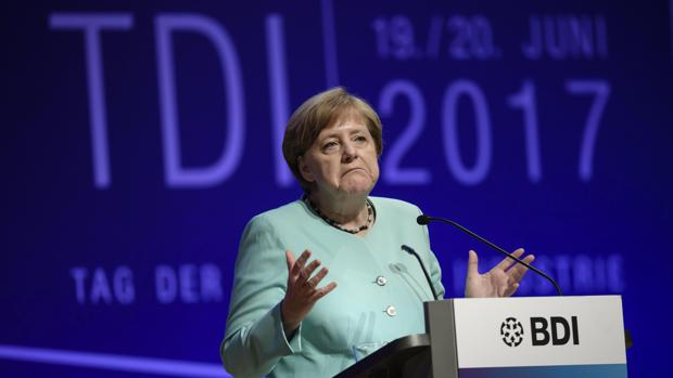 Merkel durante su discurso con motivo del Día de la Industria Alemana