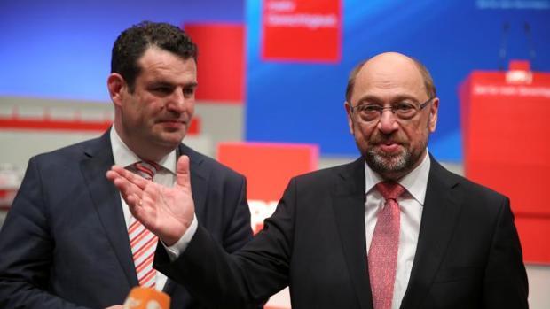 Los socialdemócratas alemanes prometen bajadas de impuestos como último recurso para recuperarse en las encuestas