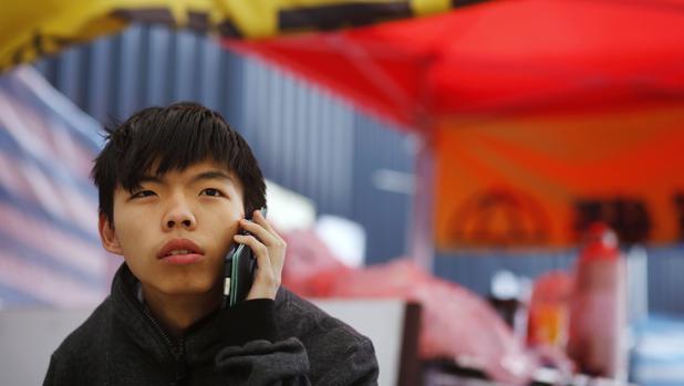Joshua Wong, líder de Demosisto: «Bajo China, Hong Kong está lejos de la democracia»