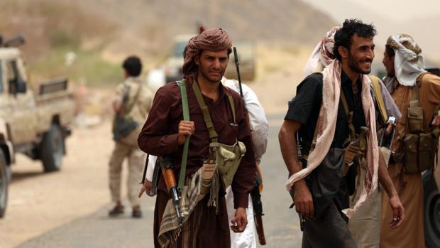 Tropas leales al régimen yemení apoyado por Arabia Saudí, hacen una pausa en sus combates contra tropas chiíes