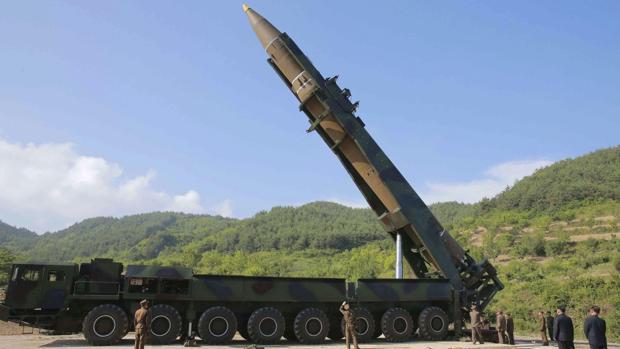 Tillerson pide «una respuesta global ante la amenaza mundial» de Corea del Norte