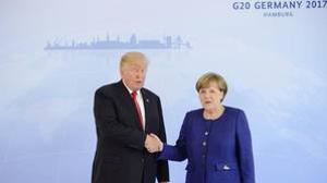 Ambos se dieron la mano y se miraron a la cara, al contrario de lo que ocurrió en su última entrevista en Washington