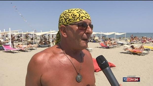 Una playa fascista en Venecia causa escándalo en Italia