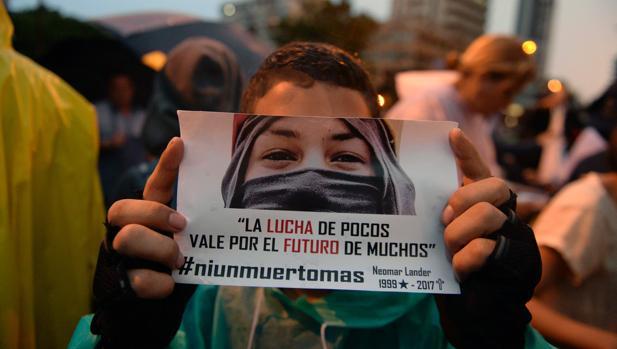 Cómo participar en España en la consulta popular de Venezuela